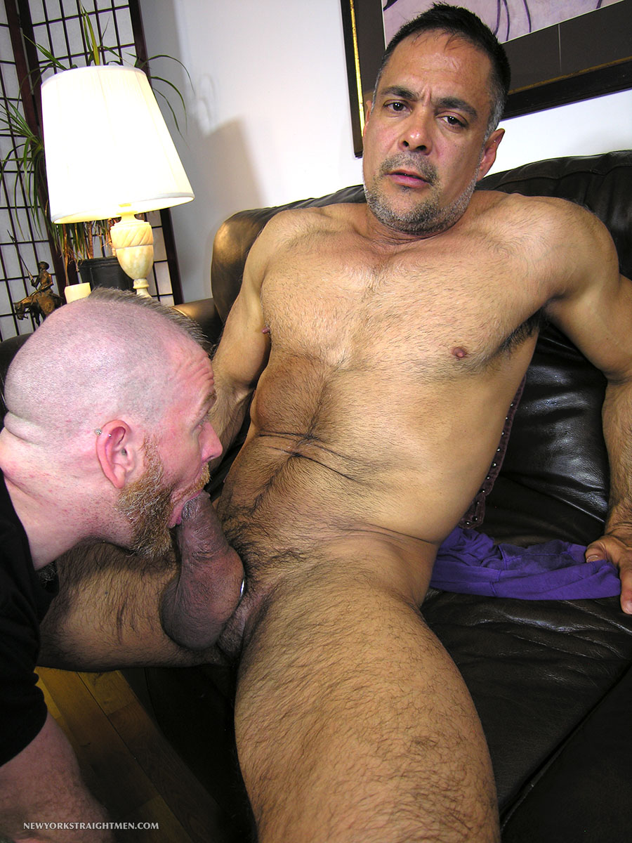 New-York-Straight-Men-Dale-and-Vincent-Latino-Daddy-Thick-Cock-Sucking-Amateur-Gay-Porn-08 Straight Latino Daddy With A Huge Thick Cock Gets Serviced By A Gay Guy