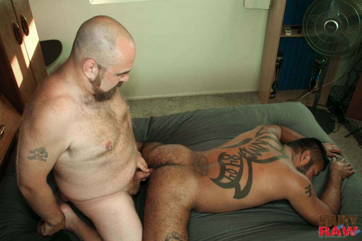 Hairy-and-Raw-DJ-Russo-and-Rico-Vega-Chubby-Bears-Barebacking-Amateur-Gay-Porn-10 Amateur Interracial Chubby Bears Barebacking Sex Pigs