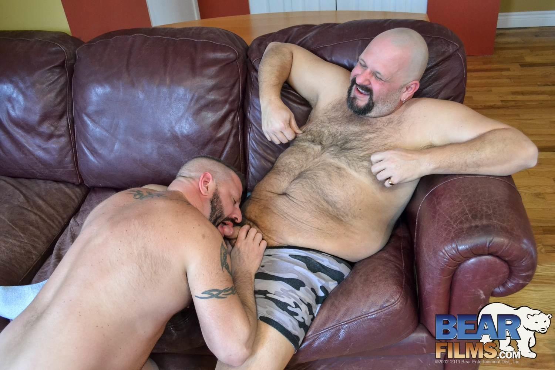 Bear-Films-Davie-Bear-and-Cooper-Hill-Hairy-Chubby-Bears-Fucking-Amateur-Gay-Porn-11 Amateur Daddy Bear Fucks A Younger Chubby Bear