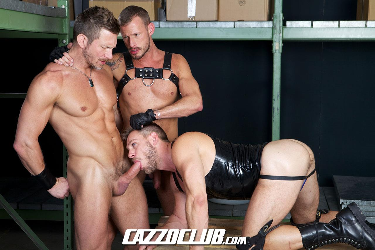 Cazzo-Club-Hans-Berlin-Logan-Rogue-Tomas-Brand-Big-Uncut-Cock-Guys-Fucking-Amateur-Gay-Porn-03 Leather, Muscles, Three Big Uncut Cocks And Agressive Fucking
