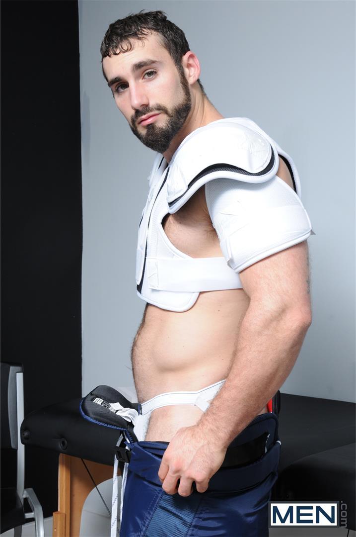 Men.com-Asher-Hawk-Jaxton-Wheeler-US-Olympic-Hockey-Team-Soshi-Amateur-Gay-Porn-01.jpg