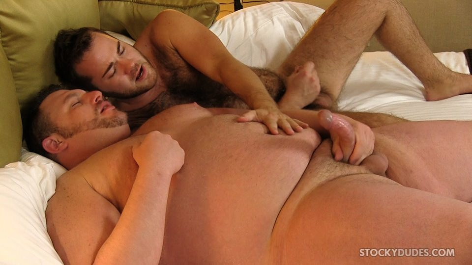 Stocky-Dudes-Colt-Woods-and-Zeke-Johnson-Chubby-Fat-Guy-Fucking-A-Hairy-Cub-Bareback-16 Chubby Guy With A Big Fat Cock Barebacks a Furry Cub