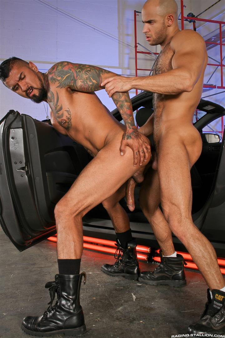 Raging-Stallion-Sean-Zevran-and-Boomer-Banks-Bottoms-For-The-First-Time-Big-Uncut-Cock-Amateur-Gay-Porn-12 BREAKING NEWS: Boomer Banks Bottoms For The First Time With A Big Uncut Cock