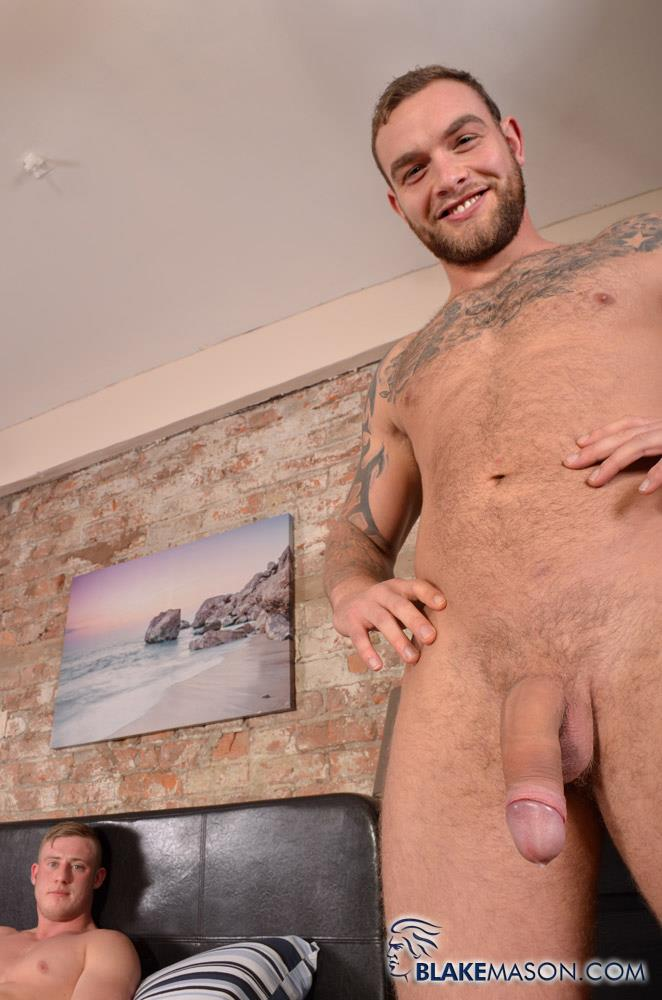 Blake-Mason-Andy-Lee-and-Liam-Lawrence-Straight-Muscle-Hunks-With-Big-Uncut-Cocks-Amateur-Gay-Porn-20 Big Uncut Cock Straight Muscle Guys Jerking Off
