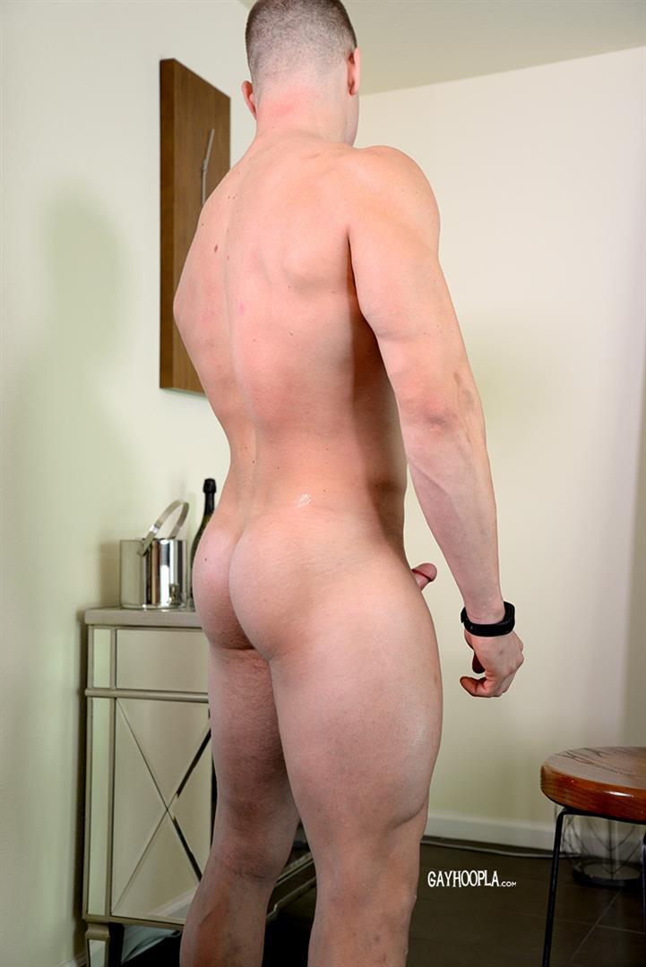 Gay Hoopla Miles Houston American Bodybuilder Jock Jerking Off Amateur Gay Porn 12 American Muscle Jock Miles Houston Auditions For Gay Porn