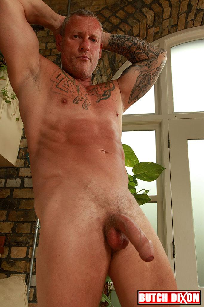 "Butch-Dixon-Big-T-British-Muscle-Daddy-With-A-Big-Uncut-Cock-Amateur-Gay-Porn-22 British Muscle Daddy Jerking Off His Big 9"" Uncut Cock"